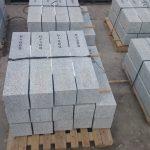 Słupki hektometrowe granitowe